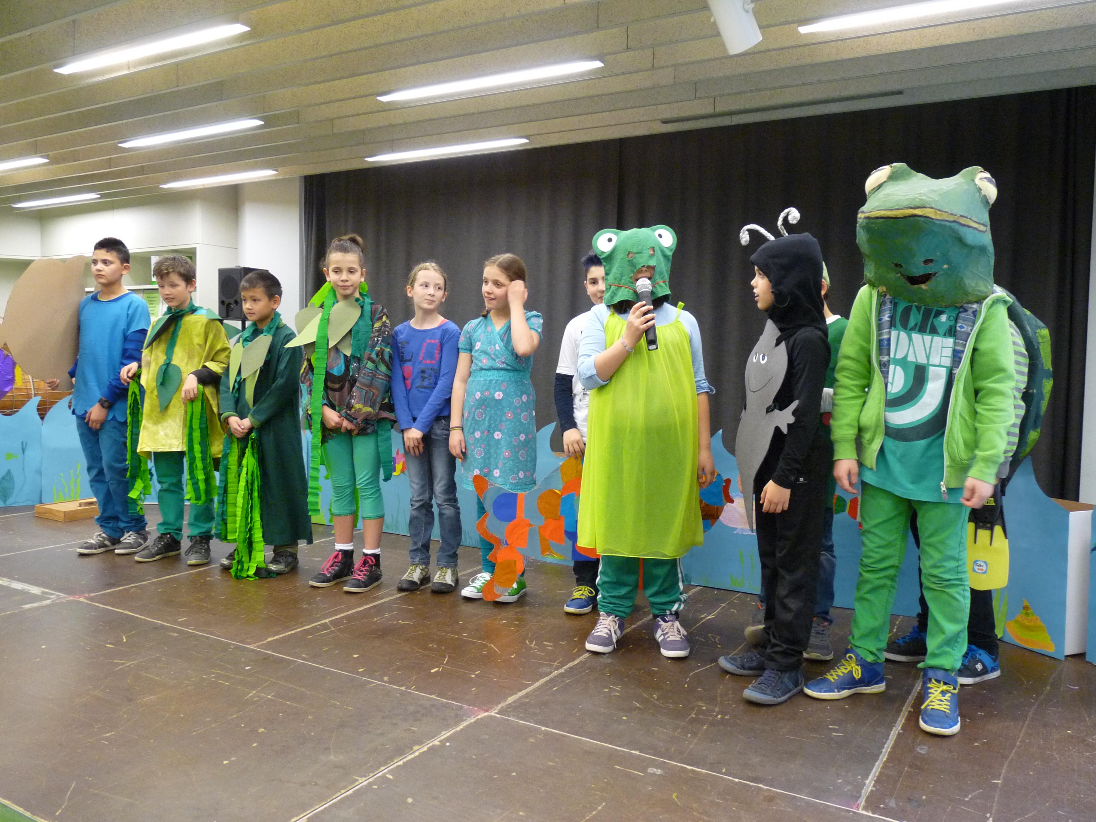 Die Theatergruppe der Rinnenäckerschule